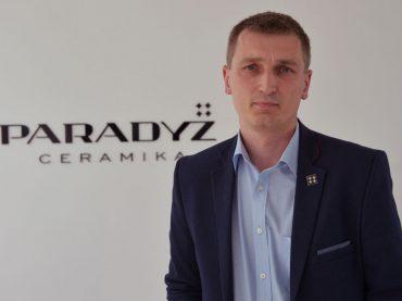 Ceramika Paradyż conferma la fiducia in Durst
