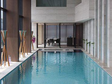 FILA in Corea del Sud per ripristinare e proteggere la bellezza dei pavimenti in marmo della piscina del centro ricerche Cha Bio Complex
